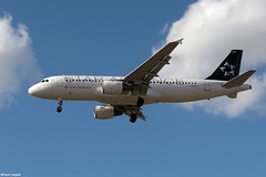 pl06oct17aca3209 (lanpie012000) Tags: montreal montréal yul cyul aircanada airbusa320211 cfdrh fin203 staralliance