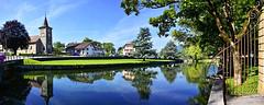 Devant le château de L'Isle (Diegojack) Tags: lisle vaud suisse d7200 plandeau rivière venoge reflets eglise calme paisible groupenuagesetciel