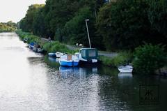 Purmedijk (Kallu Medeiros) Tags: kallumedeiros purmerend holland weermolen pentax k5 manual lenses k mount test smc pentaxa zoom 70210mm 4 702104 14 boat barcos boot canal purmedijk lente lens