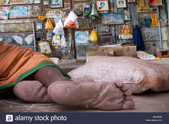 ARHRN6 (Matriux2011) Tags: barefoot dirtysoles cracksoles indian nepali barefootextreme talonescurtidos piesrajados