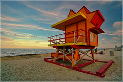 My love, the colors of the afternoon. (Aglez the city guy ☺) Tags: lateafternoon seashore seascape beachscape beachshore beach sobe southbeach colors clouds lifeguardhouse urbanexploration outdoors miamifl walkingaround waterways art