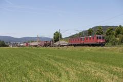SBB Re 10/10 420 332 + 620 067 Sissach (daveymills37886) Tags: sbb re 1010 420 332 620 067 sissach baureihe 44 66 cargo