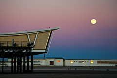 Full Moon, Southport (nickcoates74) Tags: 55210mm a6300 beach coast e55210mmf4563oss evening fullmoon ilce6300 lancashire moon seaside sefton sel55210 sony southport summer sunset uk