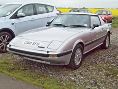 24 Mazda RX7 (1st Gen) (1985) (robertknight16) Tags: mazda japan japanese 1980s rx7 sportscar wankel maebo seighford c160sfg
