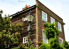 Who lived here? (Peter Denton) Tags: architecture house 18thcentury twickenham richmond westlondon petetownshend popmusic musician singer guitarist thewho ©peterdenton canoneos100d