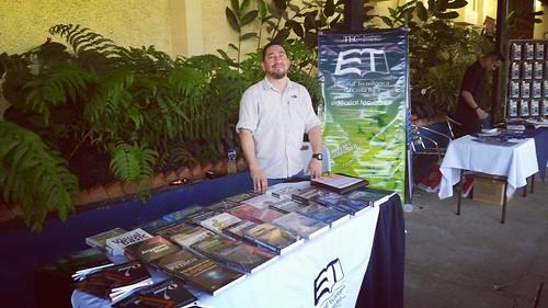 Stand de la Editorial Tecnológica en el 11 Festival