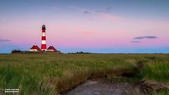 Sunrise at the North Sea (Loop van Dike) Tags: langzeitbelichtung blauestunde leuchtturm dunkelheit nacht westerhever sonnenaufgang northsea lighthouse nordsee sunrise night longtimeexposure