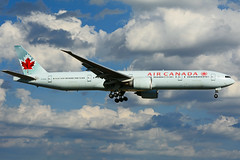 C-FIUW (Air Canada) (Steelhead 2010) Tags: aircanada boeing b777 creg yyz cfiuw b777300er