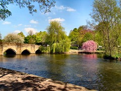 The River Wye. Bakewell in Derbyshire (John McLinden) Tags: bakewell derbyshire river riverwye water bridge foliage tree sky blossom