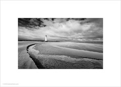 Point of Ayr Lighthouse (Ian Bramham) Tags: pointofayr lighthouse northwales talacre coast beach sand
