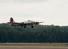 B-17 Take off - Explored 07202018 (EHPett) Tags: boeing b17 flyingfortress wwii warbird bomber airshow airplane greatnewenglandairshow massachusetts 2018