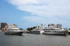 Bathtub Toys (GRO Photography) Tags: money wealth intracoastalwaterway ftlauderdale yachts expensive boat multipledecks billionaire