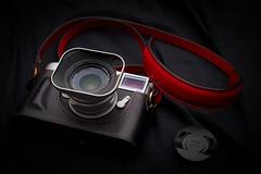 Leica M10 & 韓之作訂製背帶 (Eternal-Ray) Tags: leica leicam10 leather 韓之作 背帶 olympus omd em5 mark ii panasonic dg varioelmarit 1260mm f284 asph