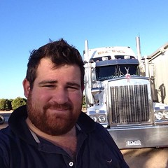 Hot SA Woofer (CubOz) Tags: bear men sexy truck beard