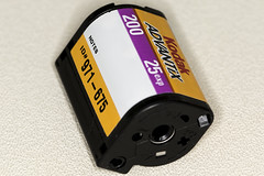 187/365  APS film cartridge