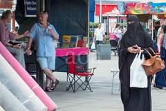 H510_8695-2 (bandashing) Tags: hyde market tameside civicsquare artisanmarket people sylhet manchester england bangladesh bandashing aoa socialdocumentary akhtarowaisahmed hijab burkah niqab capets black muslim christian