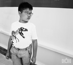 marseille-f1-2019-pt1-a7r3-124.jpg (jonneymendoza) Tags: a7r3 f1 jrichyphotography marseille travel exploring candid people streetphotography notlooking humans happiness