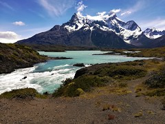 Cerro paine grande,lago nordenskjold,patagonia chilena !! (Gabriel mdp) Tags: patagonia lago nordenskjold parque nacional torres paine chile montañas cerro grande nieve rio