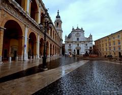 Santuario della Santa Casa di Loreto Italy (Arcieri Saverio) Tags: marche italia italy ancona an rain nuvole nikon nikkor pioggia sigma 1020mm d5300 chiesa church architecture architettura
