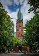 St. Johannes Kirche (max.stolbinsky) Tags: sky rothenbaum hh hamburg kirche church