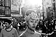 Sunny Moment (Victor Borst) Tags: street streetphotography streetlife reallife real realpeople asia asian asians faces fa face candid travel travelling trip traveling urban urbanroots urbanjungle blackandwhite bw mono monotone monochrome sexy girl woman lady female shibuyacrossing japan japanese tokyo city cityscape citylife fuji fujifilm xpro2 expression gold hour sunset sunrise sun sunny