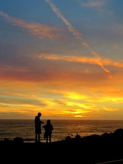 High on Life,  a zen moment (moonjazz) Tags: silhouette sunset california sky color people ocean sandiego inspiration dimming vista beauty calm soft clouds walking hiking vacation travel pair friends appreciation timeless wonder awe yellow pink blue looking see peace human time hight atmosphere zen