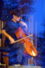 Lukas Lauermann: cello + Spiegelung (jazzfoto.at) Tags: sony sonyalpha sonyalpha77ii alpha77ii sonya77m2 musiker musik music bühne concerto concierto конце́рт wwwjazzfotoat jazzfoto jazzphoto markuslackinger jazz jazzlive livejazz konzertfoto concertphoto liveinconcert stagephoto blitzlos ohneblitz noflash withoutflash lauermann lukaslauermann thalgau kulturkraftwerkthalgau kulturkraftwerk cello cellokonzert celloconcert cellosolo oh456 salzburg