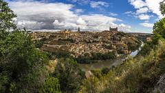 Toledo, Castilla la Mancha (kike.matas) Tags: canon canoneos6d canonef1635f28liiusm kikematas toledo castillalamancha panorámica riotajo paisaje ciudad nubes alcazar lightroom6 nublado agua rio arboles explore