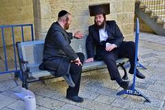 Orthodox jews (Vicente A. Roa) Tags: jerusalem israel jewishquarter orthodoxjew shtreimel payot sidecurls tirabuzones bekishe kippah peyot nikon nikond7100 roa vicenteroa vicentearoa