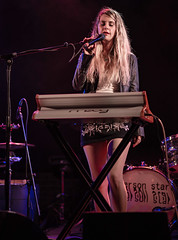 Essx Station 05/18/2018 #14 (jus10h) Tags: essxstation mandiperkins thetroubadour losangeles california female singer songwriter young beautiful sexy talented artist musician band live music concert gig show tour event performance venue photography nikon d610 2018 may 18 friday justinhiguchi photographer