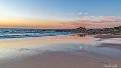 Juste après le coucher du soleil (Mirarmor) Tags: mer plage soleil bleu ciel eau bretagne rochers coucher de greatsphotographers