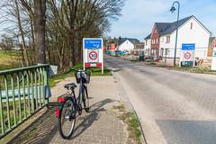 Bike At The Border (Gerry Lynch) Tags: kleve bicycle netherlands niederrhein border nrw emmerich sheerenberg montferland germany