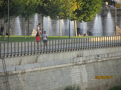 Fountains, Madrid Rio, Madrid ..... a marvel of town planning. (d.kevan) Tags: walls railings paths people fountains parksandgardens madrid madridrio spain grass bridges puentedesegovia trees