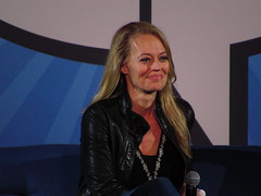 IMG_0816 (grooverman) Tags: comicpalooza comic con convention star trek panel jeri ryan may 2018 canon powershot sx530