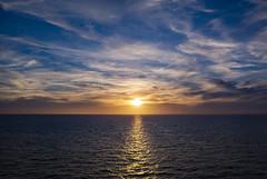 Summer Evening (Rudi Pauwels) Tags: sverige sweden schweden swedishsummer kattegatt evening summer sunset summer2018 reflection water clouds blue yellow orange zoom tamron 18270mm tamron18270mm nikon d7100 nikond7100