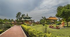 Lumbini – Geburtsort von Buddha Siddharthas (Henry der Mops) Tags: 90a8379 lumbini nepal asien asia buddhismus buddhism religion pagoda stupa pagode geburtsortvonbuddha mplez henrydermops canoneos7dmarkii unescoworldheritage unescoweltkulturerbe buddha