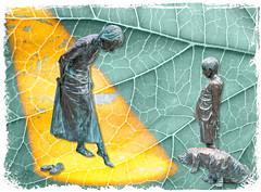 Estatuas editadas.- Polonia - Poznan (Natxus) Tags: estatuas estatua niño niña perro arte art edición editada texturas textured edited estatues dog girl boy children niños polonia poland poznan
