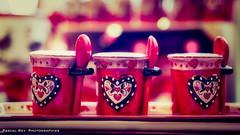 _DSC3265 (Pascal Rey Photographies) Tags: rouge red rosso rojo 3 trois cups teapot mugs herzenfürsigrid herz herzen coeur coeurs cuore corazon spoons pascalrey nikon d700 luminar2018 pascalreyphotographies photographiecontemporaine photos photographie photography photograffik photographiedigitale photographienumérique photographierurale