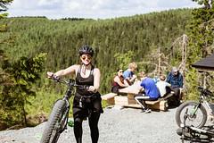 Efatbike riders on a break (VisitLakeland) Tags: finland mtb summer tahko tahkonrinteet bicycle bike cycling ebike fatbike forest friends hill laavu luonto läskipyörä maastopyörä maisema metsä mäki nature nuotiopaikka outdoor pyötäily retkeily scene scenery