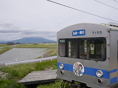 Here comes (しまむー) Tags: panasonic lumix gx1 g 20mm f17 asph natural train tsugaru free pass 津軽フリーパス