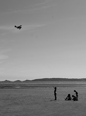 Week 26. Is it a bird? Is it a plane? (hmcgee18) Tags: children beach planes air show swansea seaside playing pointing wales 2018 nikon d3400 52weeksofphotography