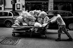080/365 - Thessaloniki, street photography (Andreas Mamoukas Photography) Tags: thessaloniki macedonia greece street streetphotography macedoniagreece timeless μακεδονια