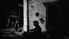 Rue du Chaignot (rvrossel) Tags: blackandwhite street streetphoto bw bnw blancoynegro noiretblanc fujixpro2 xpro2 fujifilm fuji fujishooters fujilove silhouette city shadows rider
