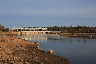 YARRAWONGA - Lake Drain (2/4)