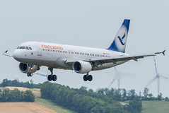 A320_FH545 (AYT-VIE)_TC-FBO_1 (VIE-Spotter) Tags: vienna vie airport airplane flugzeug flughafen planespotting wien