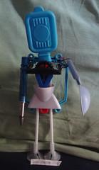 robot (ivanutrera) Tags: robot reciclaje recycled plastico