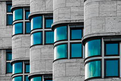 Intermezzo XII (Holger Glaab) Tags: berlin shellhaus travel city urban building facade windows color colour architectur