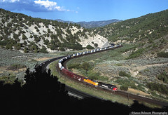 Zig Zag (jamesbelmont) Tags: ups unionpacific southernpacific riogrande drgw spanishforkcanyon millfork utah railway ge ac4400cw emd sd70m