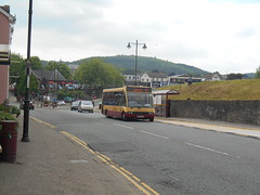 Harris Coaches 21 (Welsh Bus 18) Tags: harriscoaches optare solo m850 21 mx04vmh caerphilly hendersontravel sptbus