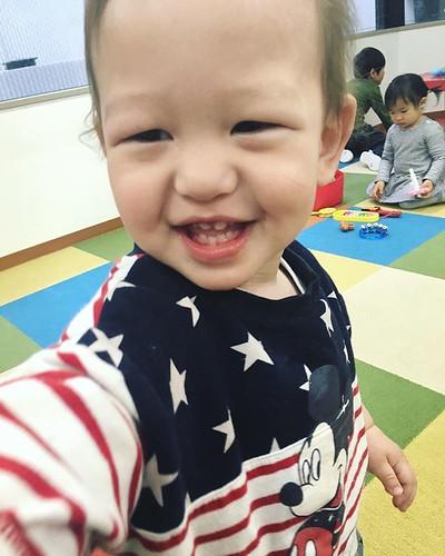 Sunny weather makes us happy! ☀️ #daycare #kindergarten #preschool #cutekids #happy #幼稚園 #保育園 #子ども #笑顔 #芝公園